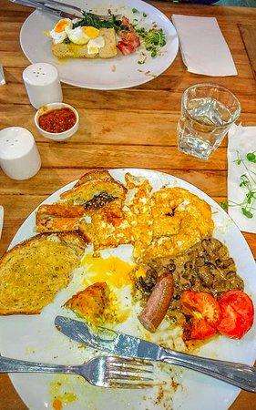 Takanini, Nya Zeeland: Overcooked fried eggs