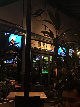 Duffy's Sports Grill: photo0.jpg