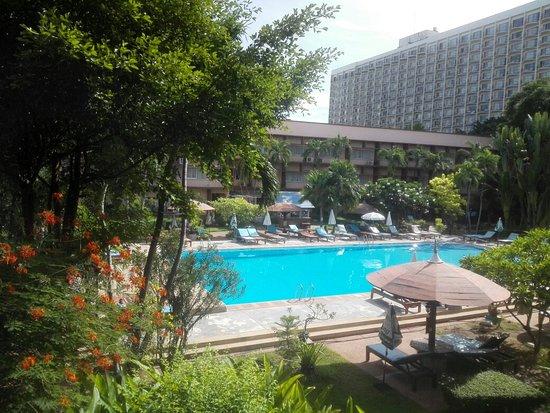 Basaya Beach Hotel & Resort: IMG_20160904_090345_large.jpg