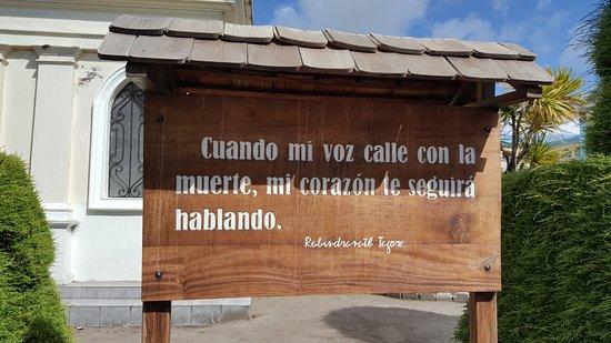 Tulcan, Ecuador: Vallas del cementerio