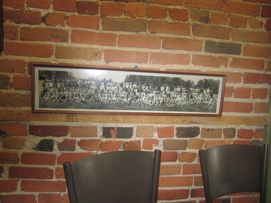 Robeson's Country Gen Str照片