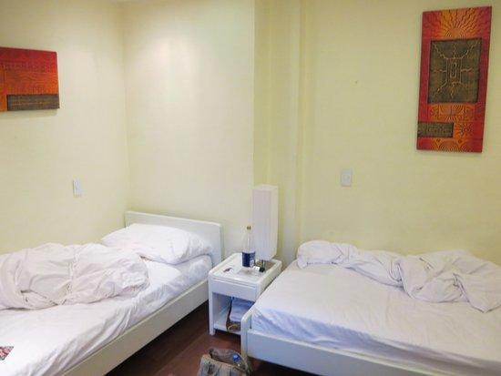 Cayman Hotel: Lampe unbrauchbar
