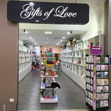 ‪Gifts Of Love‬