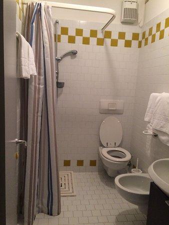 Badezimmer mit DU/WC - Bild von Le Palme Hotel & Residence, Grado ...