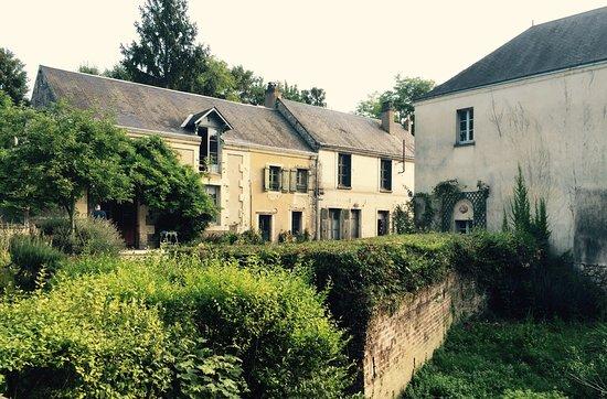 Troo, France: L'Ile o Reflets