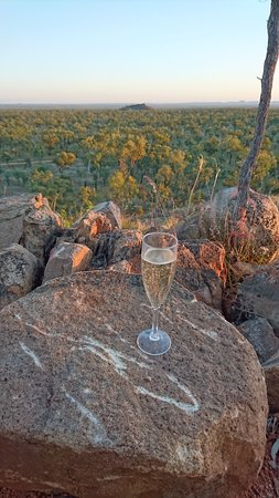 Undara Volcanic National Park, Austrália: Sunset Tour