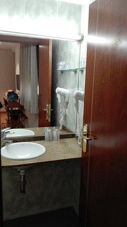 Hotel Avenida: IMG_20160903_192941_large.jpg