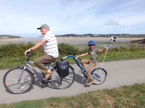 St Minver, UK: Cycling the Camel Trail