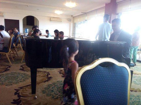 The Lake Hotel Tagaytay-bild