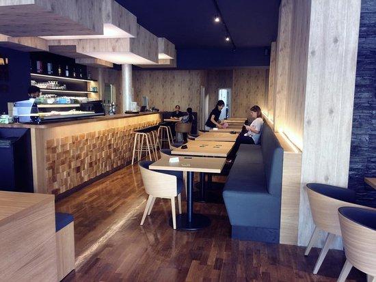 Su Chin: Moderne Einrichtung