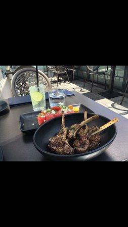 Park Hyatt Toronto: Yummy lamb cutlets.