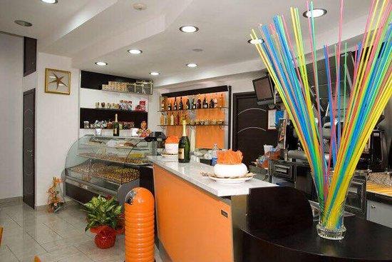 Montecorvino Pugliano, Italien: Baba Coffee Pagliarone