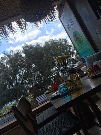 Sea Side Beach Hotel: photo1.jpg