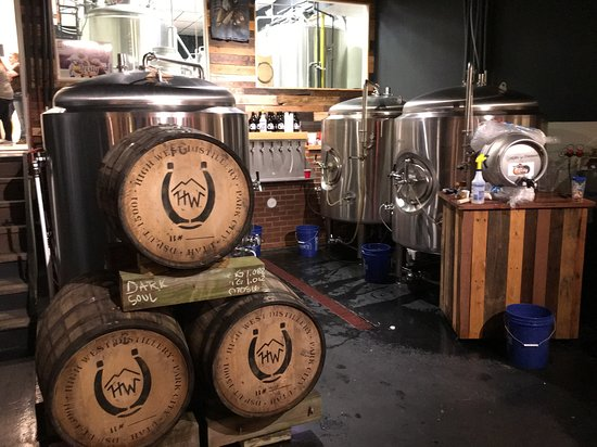 Ιντιάνα, Πενσυλβάνια: Beer aging in Bourbon Barrels
