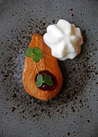 Braithwaite, UK: Pear , maple