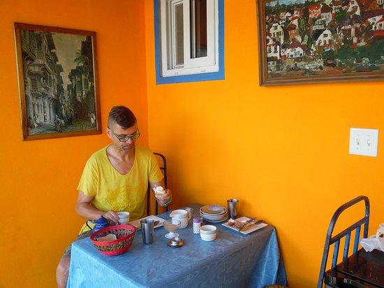 Pension Topas: Frühstück auf der Terrasse