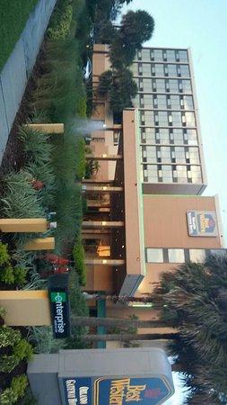 Best Western Orlando Gateway Hotel: IMG-20160828-WA0004_large.jpg