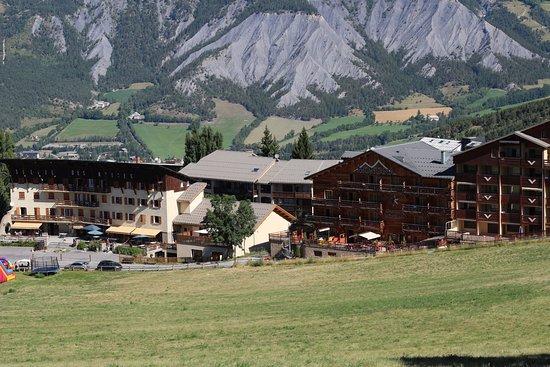 Montana Chalet Hotel Photo