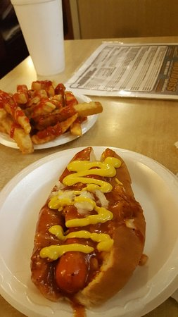 Chris' Hot Dogs: 20160903_143307_large.jpg