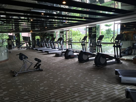 Gym room huge and not many guests are using picture of mission