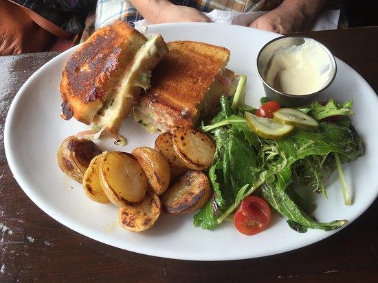 GEAROIDINS, Clonakilty - 18 Pearse St - Restaurant Reviews
