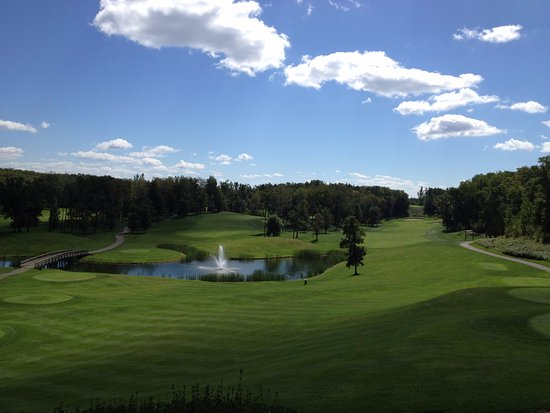 Pequot Lakes, MN: Great Balcony View from Club House. Excellent 19th Hole.