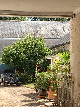 Muides sur Loire, Francia: Village view.