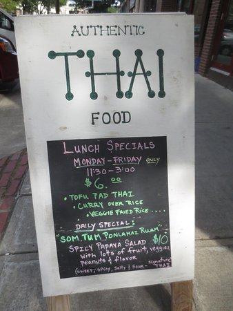 Hattapon S Thai Kitchen Greenfield Ma