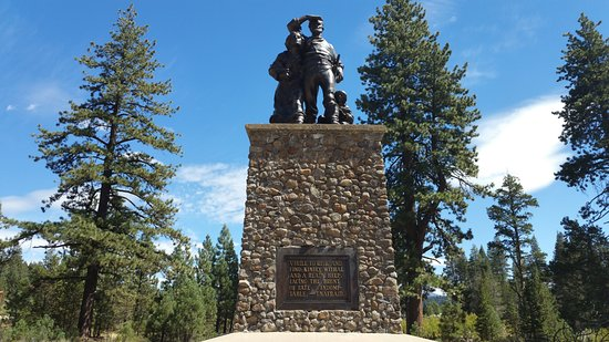 ‪Donner Memorial State Park and Emigrant Trail Museum‬