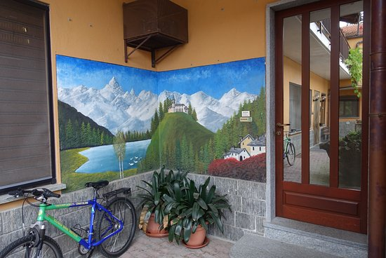 Paesana, Italia: Der Monviso mit fast 4000m Höhe