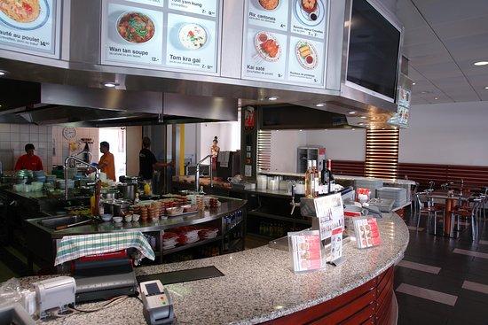 Mike wong gen ve rue du conseil general 20 restaurant for Ambiance cuisine geneve