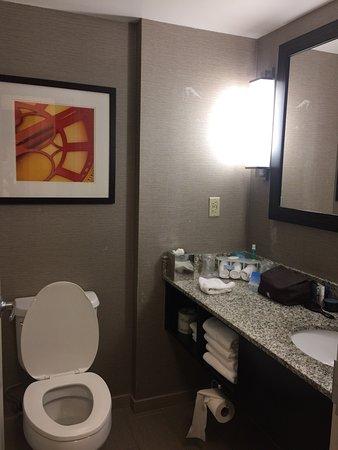 Holiday Inn Express & Suites Boston - Cambridge: photo4.jpg