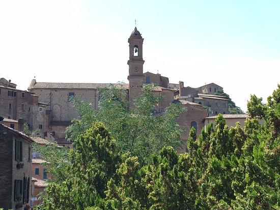 Strada del Vino Nobile di Montepulciano e dei Sapori della Valdichiana Senese: Montepulciano