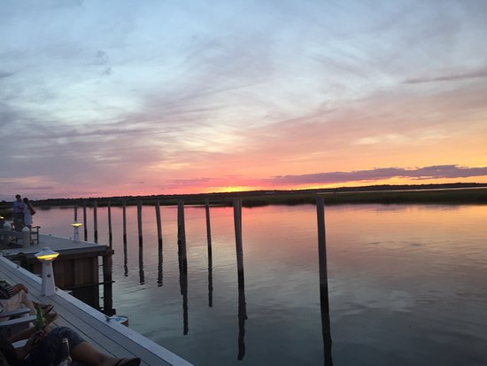 East Quogue, NY: The best sunsets in the world