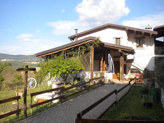 Agriturismo Valle Tezze : La struttura centrale dell'Agriturismo