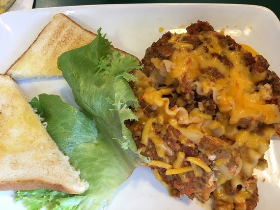 Staunton, Wirginia: Pretty good lasagna on the special.