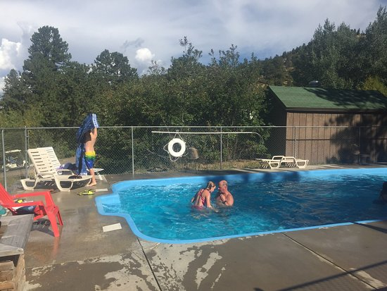 Jellystone Park of Estes: Labor Day Weekend at Jellystone!