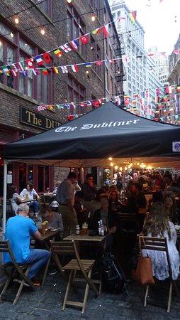 Holiday Inn Express New York City-Wall Street: 01 Abendessen in der Nähe die Stone Street