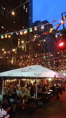 Holiday Inn Express New York City-Wall Street: 02 Abendessen in der Nähe die Stone Street