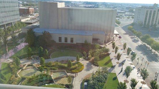 Hyatt Regency Tulsa: 20160904_085941_large.jpg
