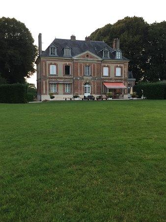 Bonneville-la-Louvet, Frankrike: Magnifique ...  Château exceptionnel, chambre digne d'une suite, petit déjeuner très agréable, c