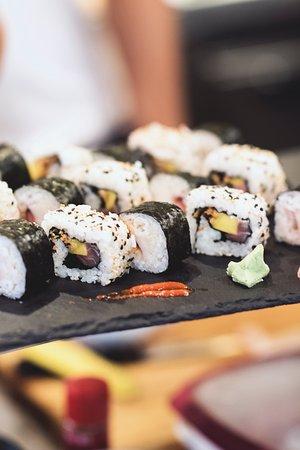 Restaurante katana en alicante con cocina tapas for Cocinas alicante precios