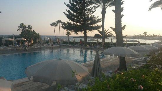 Nissi Beach Resort: 20160827_183802_large.jpg