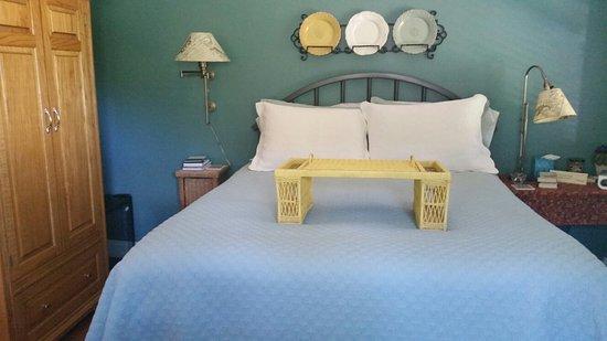 McKenzie House Bed & Breakfast: 20160903_161851_large.jpg