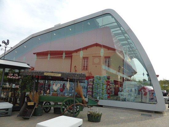 Best Outlet Serravalle Marche Gallery - Modern Design Ideas ...