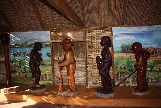 Trois-Ilets, Martinique: A l'intérieur, petit musée