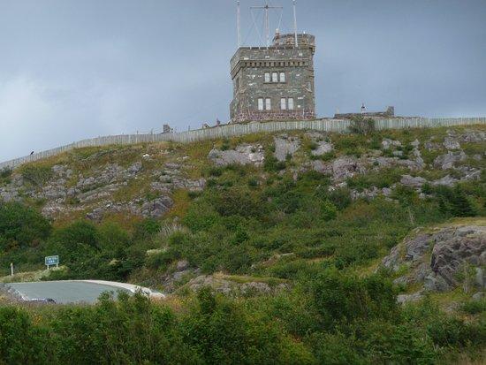 HI St. John's City Hostel: Cabot Tower on Signal Hill.
