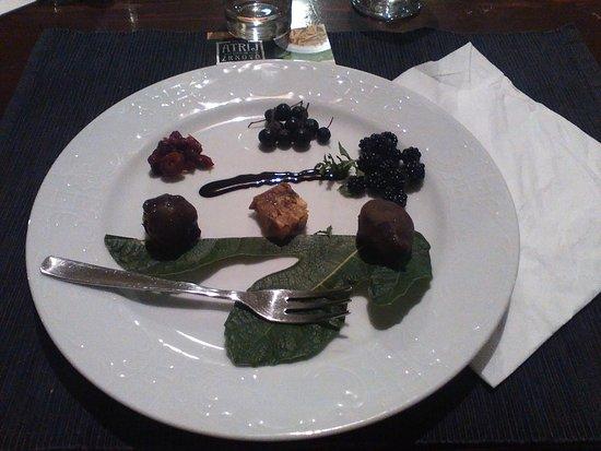 Zrnovo, Kroatien: Fichi al cioccolato
