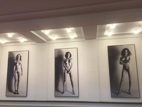Helmut Newton Foundation: photo1.jpg