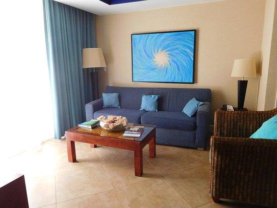 Divi Aruba Phoenix Beach Resort: 1 bedroom suite